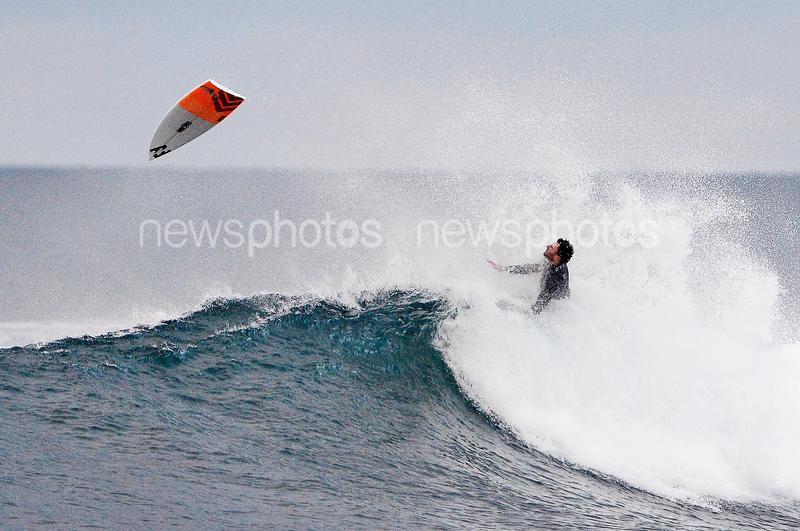 Joel Parkinson Snaps Surfboard At Bells Beach